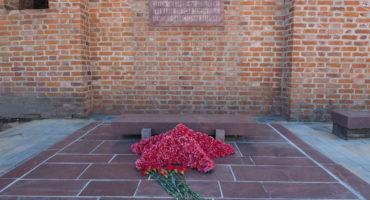 Братская могила смолян